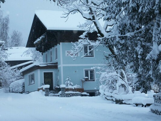 Haus Adelheid in winter | © ©Heidi Höller