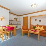 Photo of Hotel suite, shower, toilet, 2 bed rooms