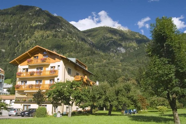 Appartement-Monuth-Bad-Hofgastein-Sommer-Haus