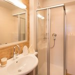 Photo of Double room, shower, toilet