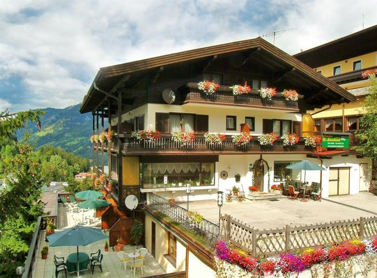 Pension St.Leonhard Bad Gastein Aussen1