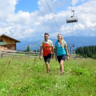 Walking, hiking and mountainbiking on the mountain during summer time with Ski amadé summer lifts